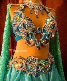 Caribbean Carnival Costumes, Belly Dance Costumes, Belly Dancers, Hot Outfits, Tutu, Bra, How To Wear, Costume Ideas, Corset