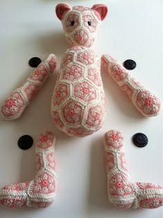 Mrs. Cuddles: Lollo the African Flower bear