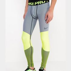 S Men's Nike pro leggings gamme hyperwarm Size: S •All offers are welcome •Brand new •Authentic **** Nike Pants Sweatpants & Joggers