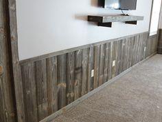 Barn wood Rustic Wainscoting, Reclaimed Wood Paneling, Wainscoting Styles, Rustic Wood Walls, Barn Siding, Wood Siding, Prefab Walls, Demis Murs, Wood Panel Walls