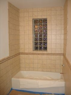 another use of glass block in the bathroom