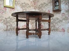 Gerald Crawford - 18th century Chippendale gateleg table
