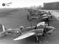 Navy Aircraft, Ww2 Aircraft, Military Aircraft, Bristol Blenheim, Le Bristol, Bristol Beaufighter, Air Force Bomber, Ww2 Planes, Battle Of Britain