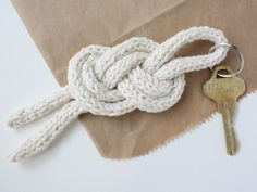 michael ann made.: sailor knot keychain diy