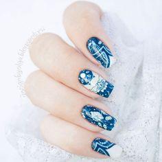 #маникюр #nailart #гельлак #слайдер #чернаяпантера #bpw #красивыйманикюр #ногти #nail #nails #красивыеногти #лето #синий #узоры  Маникюр с синими узорами с @slider_bpwomen. http://ift.tt/2aM6y4z