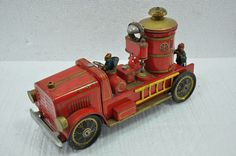 Vintage F.D No. 7 MT Trademark Litho Fire Brigade Truck Battery Tin Toy , Japan