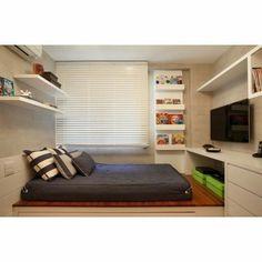 """""""Projetar um quarto para jovem ou adolescente requer um certo cuido, porque ali é onde acontece o mundo deles!"""""""