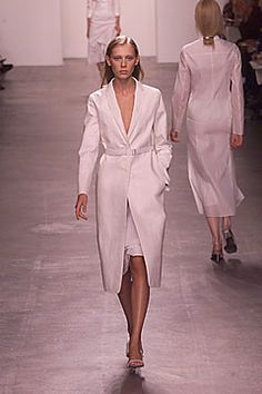 Calvin Klein Collection Spring 2000 Ready-to-Wear - Collection - Gallery - Style.com