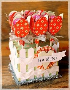 Party Table Centerpieces Diy Kids Lollipop Bouquet 16 Ideas For 2019 My Funny Valentine, Valentines For Kids, Valentine Day Crafts, Holiday Crafts, Lollipop Bouquet, Candy Bouquet, Sucker Bouquet, Candy Crafts, Paper Crafts