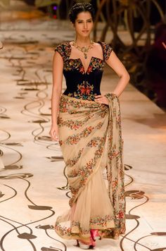 http://www.RohitBal.com/ India Bridal #Fashion Week 2013 The Mulmul (Velvet) Masquerade