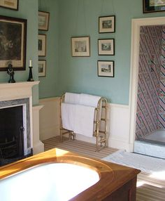 Explore These Stunning Images of Natural Paint In a Variety Of Rooms. Get A Feel For How Your Home Will Look With Natural Heritage Paint From Edward Bulmer. Best Interior, Interior Styling, Interior And Exterior, Interior Design, Georgian Interiors, Bathroom Layout, Bathroom Ideas, Grey Furniture, Diy Bathroom Remodel