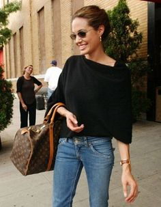 Angelina-Jolie-Gets-10-Million-for-Louis-Vuitton-Endorsement-Deal-2.jpg (400×514)