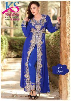 For orders please contact us through whatsapp fashion sabah ks style fashion Crop Top Shirts, Crop Tops, Bandana Top, Finger, Mode Hijab, Hijab Fashion, Tommy Hilfiger, Classy, Adidas