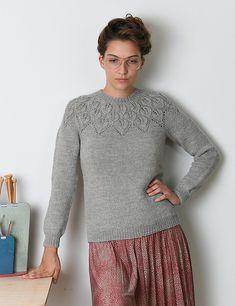 Ravelry: Ella Solo pattern by Lene Holme Samsøe Lace Knitting, Knit Crochet, Knitting Sweaters, Icelandic Sweaters, Knitting Machine Patterns, Work Tops, Stockinette, Pullover Sweaters, Knitwear