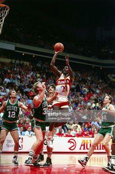 Portable Basketball Hoop, Basketball Pictures, Basketball Legends, Sports Basketball, Basketball Players, Sports Teams, Best Nba Players, Dominique Wilkins, Atlanta Hawks