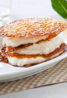 Du yaourt grec, du riz au lait au citron et ... La suite de la recette du millefeuille croustillant ed Gontran Cherrier sur aufeminin