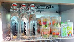 Bij Google, het bedrijf waar je alles kan vinden, vind je nu ook onze KRNWTR waterflessen.