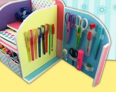 DIY: Beautiful Desk Organizer from Cardboard - Art & Craft Ideas Stationary Organization, Desk Organization Diy, Diy Organizer, Diy Desk, Cardboard Organizer, Cardboard Crafts, Diy Karton, Diy Recycling, Diy And Crafts