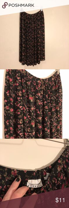 Floral Chiffon maxi skirt Super cute super light weight floral skirt from express in great condition. Express Skirts Maxi
