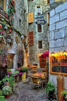Annecy - gorgeous!  Beautiful places | Magical places | inspiration, imagination, travel