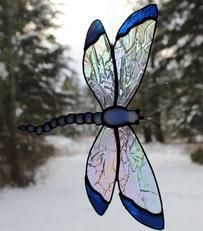 Stained Glass art With Glue - Broken Glass art Heart - Tiffany Glass art Window Panels - Dragonfly Stained Glass, Stained Glass Suncatchers, Glass Butterfly, Stained Glass Designs, Stained Glass Panels, Stained Glass Projects, Stained Glass Patterns, Stained Glass Art, Broken Glass Art