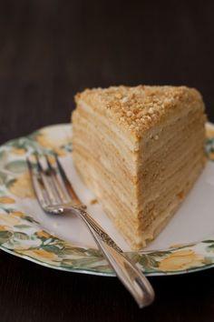 "Russian Monday: ""Medovik"" - Honey Cake Recipe with many photos: http://www.melangery.com/2014/02/russian-monday-medovik-honey-cake.html #cake, #russian_food, #sweet, #honey, #dessert,"