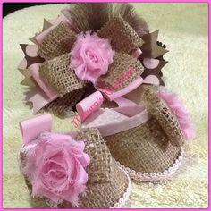 Set de sandalias con bandana de Bebe en Saco