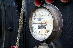 Dynamokeskus Bonk on museo Uudessakaupungissa, jossa esitellään kuvitteellisen Bonk Business Inc tai O.y. Bonk A.b. yhtiön historiaa.