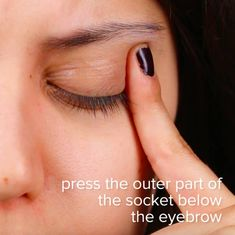 These 8 Pressure Points Will Help You Relieve Congestion - Asthma Treatment Sinus Pressure Relief, Sinus Congestion Relief, Chest Congestion Remedies, Relieve Sinus Pressure, Asthma Relief, Asthma Remedies, Headache Relief, Pressure Point Therapy, Acupressure Points