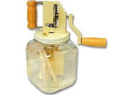 Butter Churn Hand Crank 2.5 Qt. : Homesteader's Supply    - Self Sufficient Living