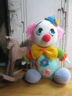 Mister Clown  Height: 25cm