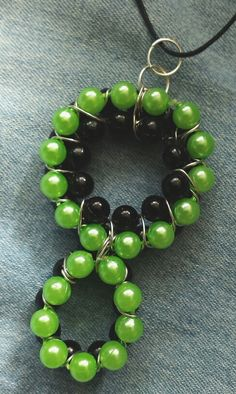 Wisiorek z koralikow / Pendant necklace