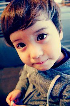 Lincoln Paul Lambert soo cute .. ;)