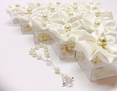 20pcs ivory favors Wedding, baptism Favor Box with Rosaries / Communion Favor Box, Rosario, Communion, boda, Confirmation, religious on Etsy, $45.55