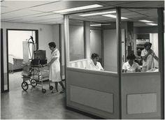 Diaconessenhuis na de uitbreiding : werkruimte verpleegkundigen 1996