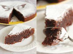 Постный шоколадный пирог с изюмом