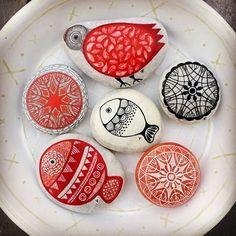 #mandala #sunmandala #birddesign #fishdesign #handpaintedstones #paintedstones…