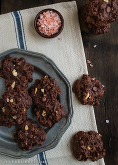 Double Chocolate Chunk Walnut Cookies – These skinny pieces of heaven are supremely chocolatey and dangerously addictive.