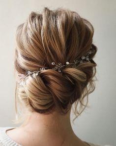 Lena Bogucharskaya Long Wedding Hairstyles / http://www.deerpearlflowers.com/long-wedding-hairstyles-from-instagram-hair-gurus/5/ #weddinghairstyles