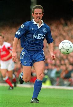 Robert Warzycha Everton Pictures and Photos Retro Football, Football Cards, Football Players, France Euro, Everton Fc, English Premier League, English News, Chelsea, Photos