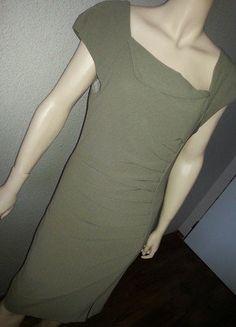 29eaf755c46c Krásné pouzdrové šaty Rinascimento