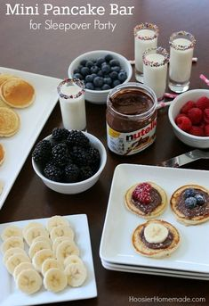 Pancake Breakfast for a Sleepover - Hoosier Homemade Create this fun and delicious Mini Pancake Bar - it's perfect for a Sleepover or Birthday Party! Even a fun weekend brunch! Pin to your Recipe Board! Mini Pancakes, Tasty Pancakes, Breakfast Pancakes, Pancakes Kids, Waffles, Breakfast Buffet, Breakfast Bars, Breakfast Recipes, Birthday Breakfast