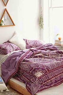TAJ HOTEL - Boho bedroom - Purple - Draws - Love - Blanket - Throw - Perfect style.