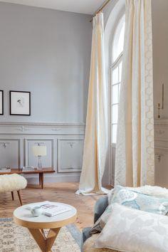 Mooie kleurvolle en vrolijke gordijnen, ideaal om je woonkamer op te ...