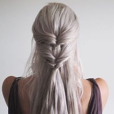#hair #hairtutorial #hairhacks #bun #hairbun #braids #braid #briadbun #blondehair #blackhair #brownhair #redhair #whitehair #silverhair #bluehair