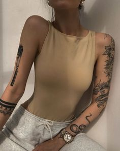 Mini Tattoos, Body Art Tattoos, New Tattoos, Small Tattoos, Sleeve Tattoos, Tatoos, Portrait Tattoo Sleeve, Torso Tattoos, Girl Neck Tattoos
