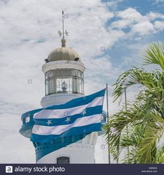 Download this stock image: Low angle view of lighthouse at the top of a hill at Cerro Santa Ana in Guayaquil, Ecuador. - G2R2C6 from Alamy's library of millions of high resolution stock photos, illustrations and vectors.
