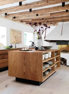 Oak Kitchen / Gardehvalsoe