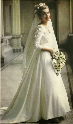 Noiva com Classe: Clodovil: vestidos de noiva