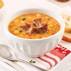 Soupe aux pois traditionnelle - Les recettes de Caty Soup Recipes, Recipies, Canadian Food, Pea Soup, Cheeseburger Chowder, Salads, Quebec, Healthy Eating, Ethnic Recipes